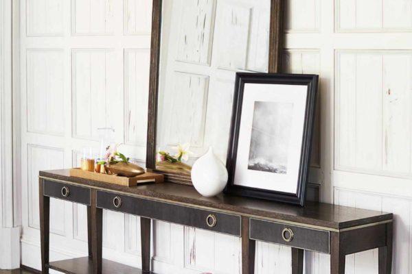 Bernhardt-shelf