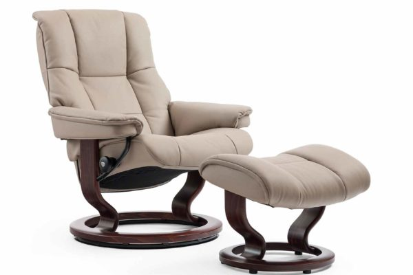 Ekornes-Stressless-beige-recliner