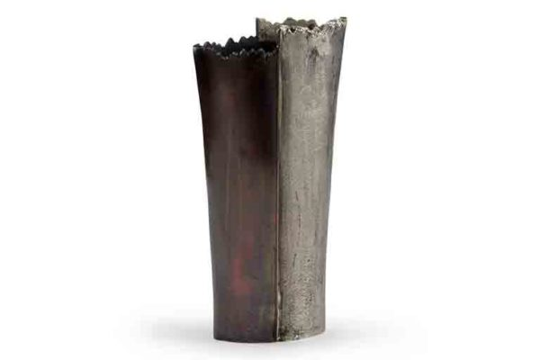 accessories-jagged-vase-2