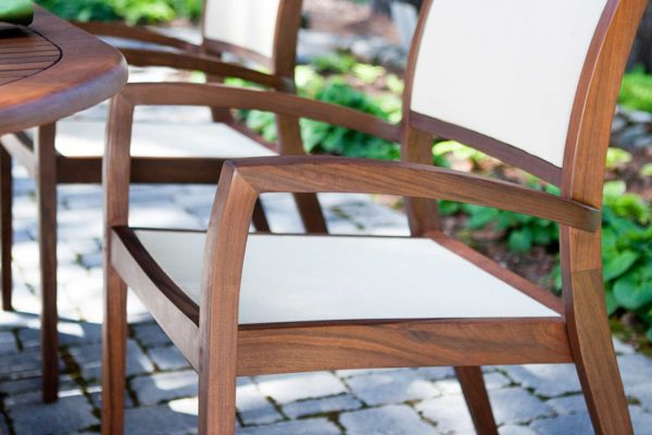 outdoor-furniture-wood