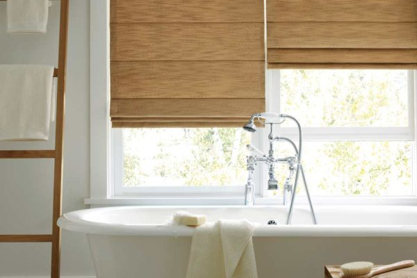 window-blinds-bathroom